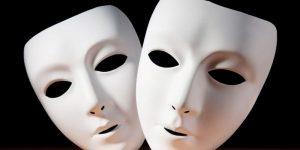 L' ipocrisia: indossare una maschera è una patologia sociale
